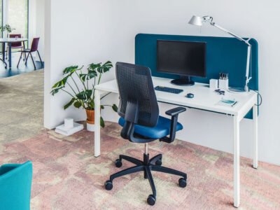 Perry – Straight Office Desk With White Legs2