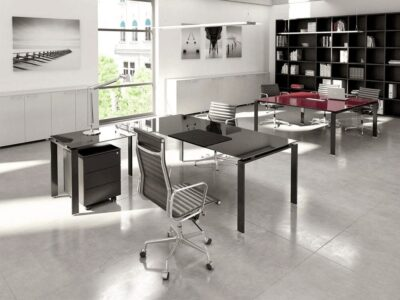 Raven – Glass Black U-Leg Executive Desk