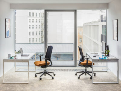 Bella – Office Desk With Ring Leg