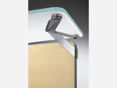 Benito 8 – Curved Reception Desk with Aluminium Stripes