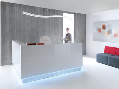 Finley 3 – Reception Desk with Glass Top and Sides
