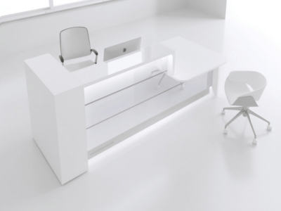 Green Lacquered Reception Desk In White–altair At 8 Main Left White 41l 451l