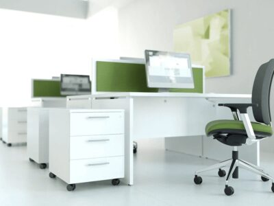 Noah – White Operational Office Desk with Slab Leg