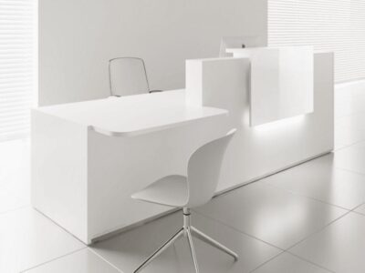 Andreas 6 – Reception Desk in White with DDA Approved Wheelchair Access