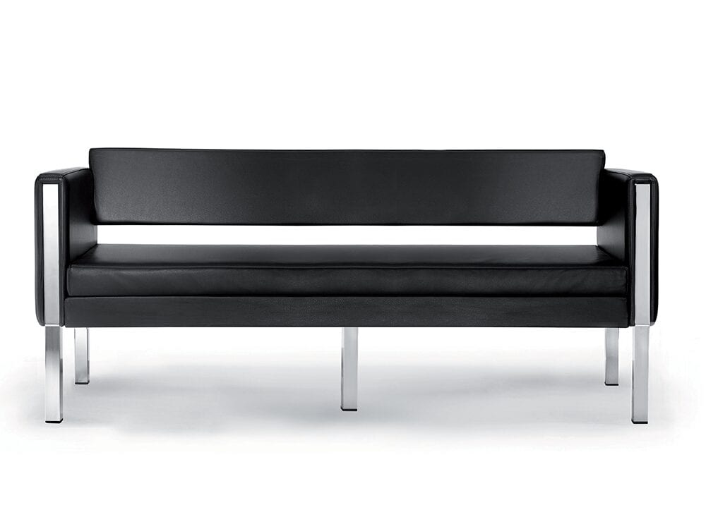 Mars – Three-Seater Sofa in Leather with Chrome Frame