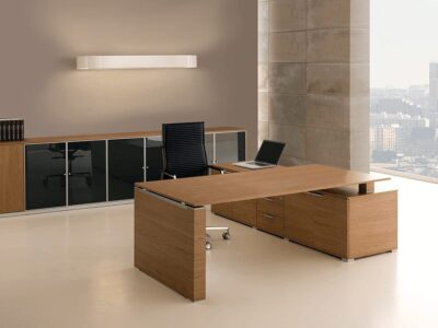 Kingsley 2 – Bridge Executive Desk with Panelled Legs + Optional Modesty Panel and Storage Unit