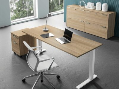 Forte – Square C Leg Executive Desk