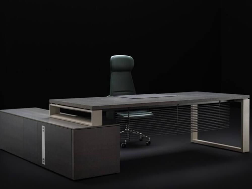 Ryder – Executive Desk And Optional Credenza Unit