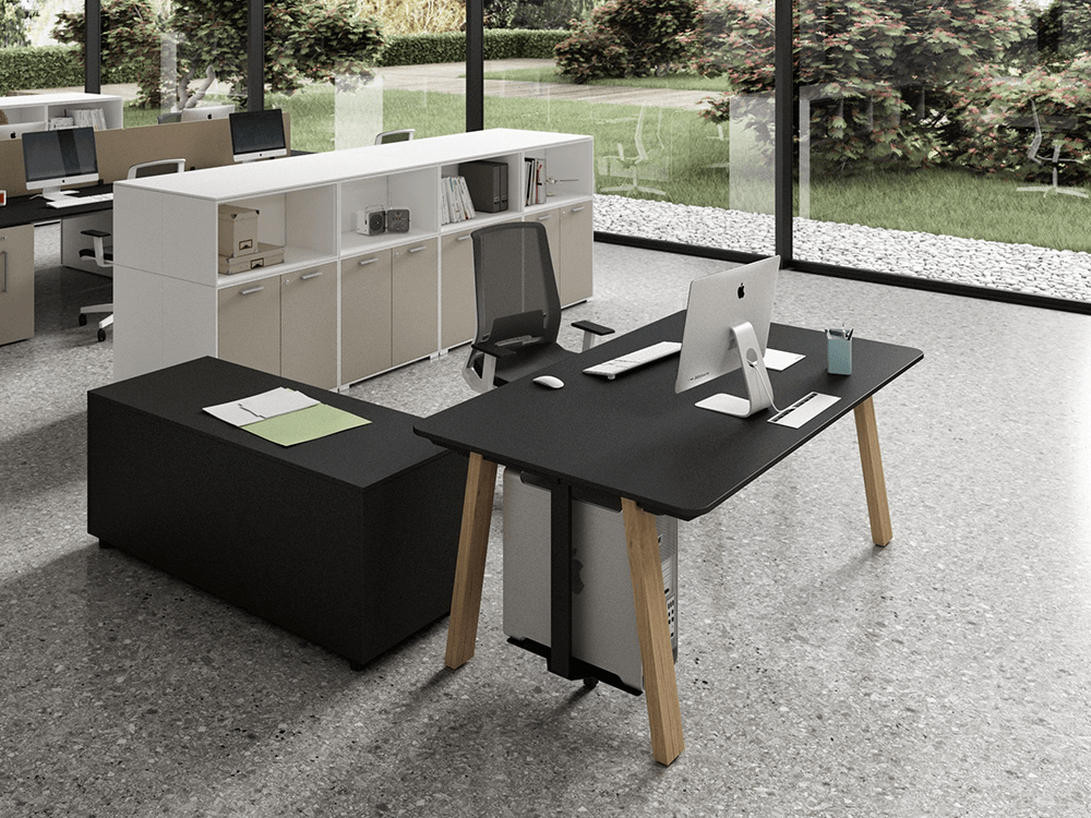 Take Off Executive Desk With Coated Legs 3