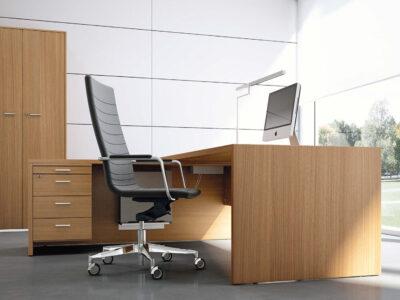 Casa Woodside Executive Desk And Optional Return And Pedestal4