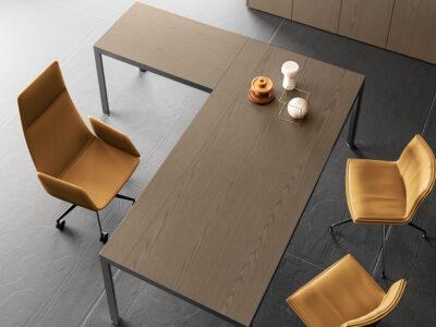 Hype Wood Veneer Top Executive Desk With Return