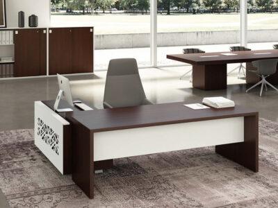 Oliver Grand Executive Desk With Optional Credenza Unit1