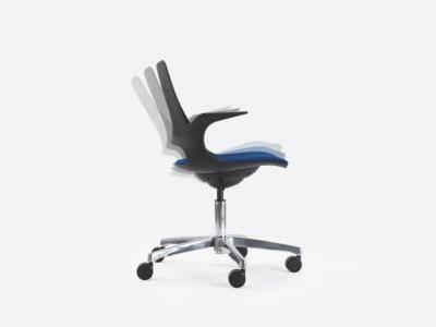 Groove Plastics Swivel Visitor Chair4