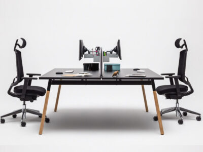 Trendy 1 – Contemporary Operational Office Desk