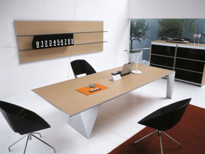Prime 4 Rectangular Meeting Room Table With Single Base 2
