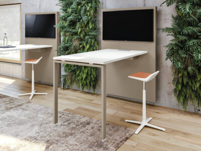 Carita 10 Straight Legs Operational Desk With Wall Mounting Console 1
