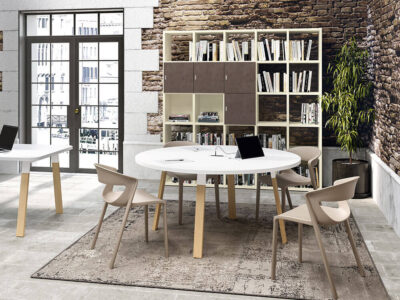 Don 3 A Legs Round Shaped Meeting Room Table Main Image