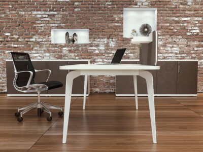 Donati 2 Operational Office Desk With Optional Desk Screen 1