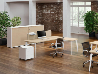 Donati 2 Operational Office Desk With Optional Desk Screen 3
