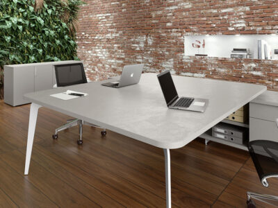 Donati 5 Back To Back Operational Office Desk With Credenza Unit 1