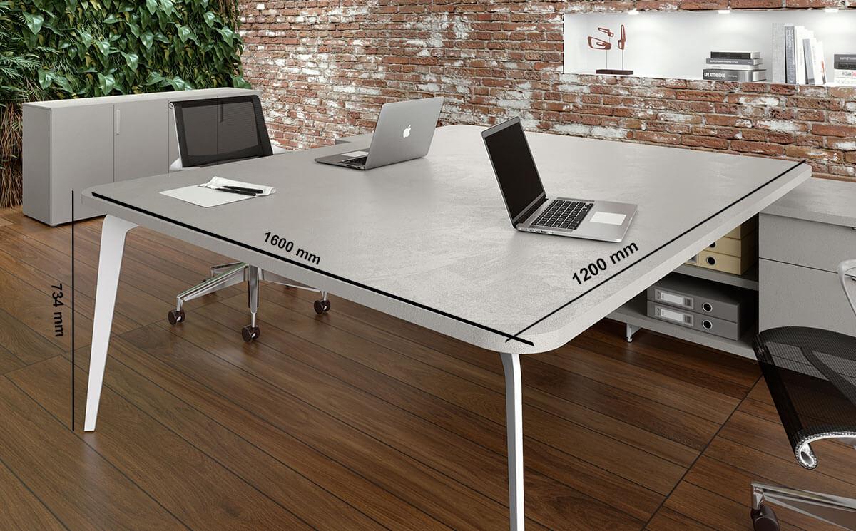 Donati 5 Back To Back Operational Office Desk With Credenza Unit Desk Size